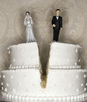 Adultery - split marriage cake