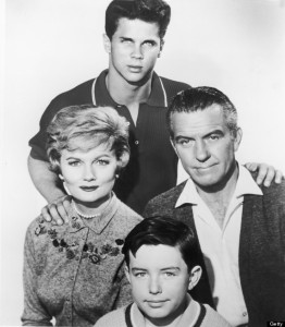Promotional portrait of the cast of the television show, 'Leave It To Beaver,' circa 1959. Clockwise (from top): American actors Tony Dow, Hugh Beaumont, Barbara Billingsley and Jerry Mathers. (Photo by R. Gates/Courtesy of Getty Images)